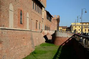 Ponte di accesso al castello
