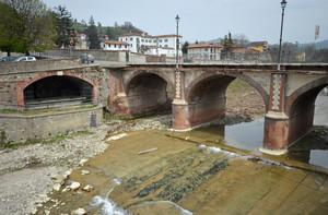Il ponte e il lavatoio