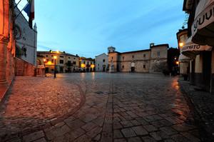 La  piazza dei norcini