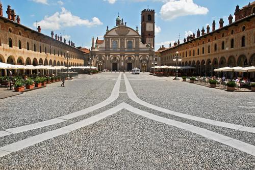 Vigevano  U2013 Piazza Ducale A Vigevano