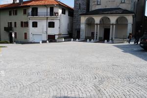 Piazza antistante alla chiesa parrocchiale di S.Albino