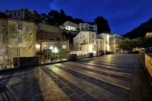Notte a piazza del Mercato