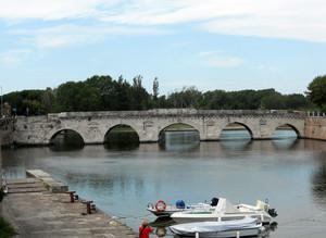 Azzurro sotto il ponte…