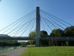 Il ponte Cesare Cantù e la sponda di Olginate