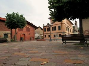 Piazza G. Travaglini