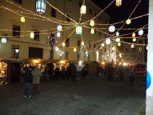 mercatino festoso in Piazza Sant'Agostino Salerno