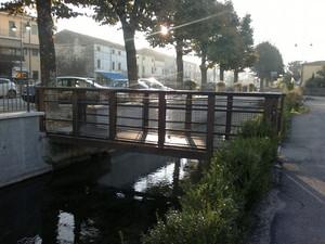 Ponte sulla fossa Brà 1