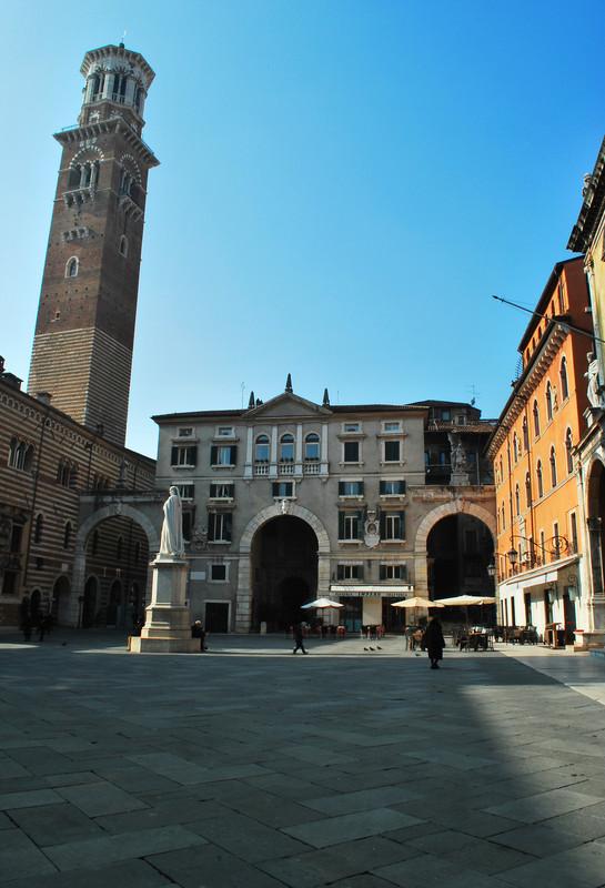 ''c'è anche lei la torre dei Lamberti'' - Verona