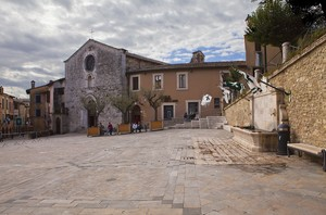 Bandiere in piazza