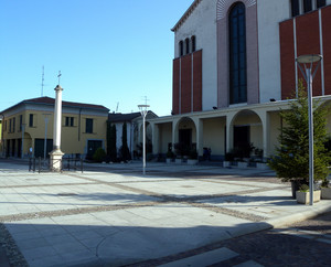 Piazza di Buscate