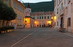 Finalborgo, piazza del Tribunale