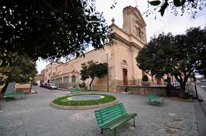 Nissoria, Piazza Duomo