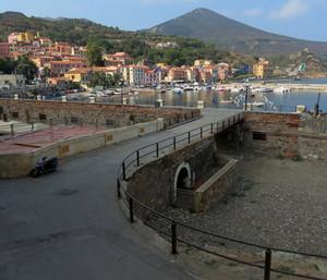 Il ponte per il porto