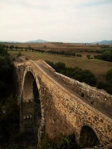il ponte romano visto da sinistra