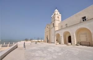 Largo di San Francesco e la sua chiesa