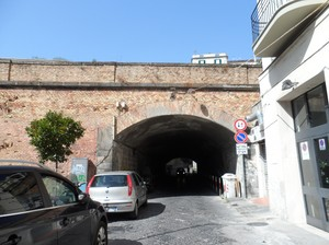 Ponte ferroviario su via Fedro