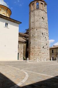 Tra Torre Civica e Cattedrale