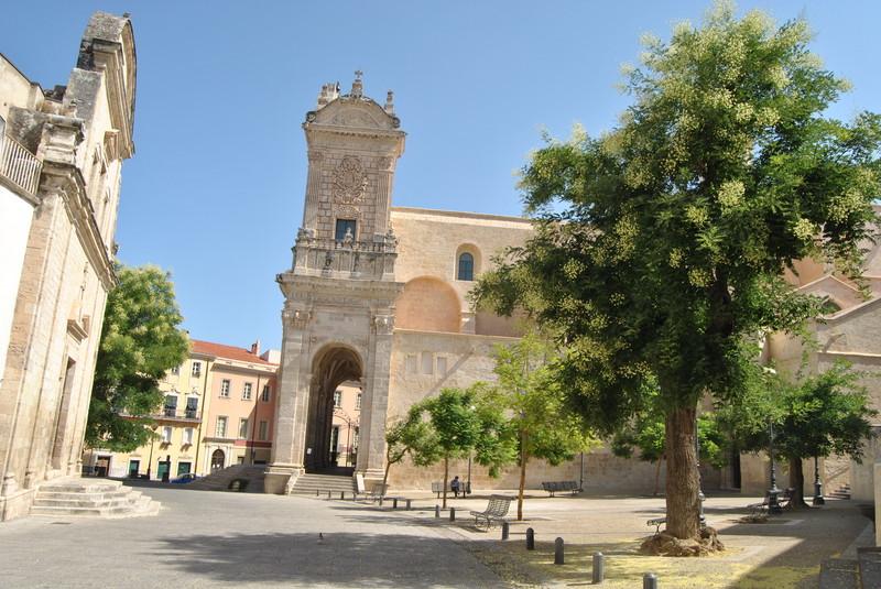 Piazza Duomo - Sassari (Fonte: http://rete.comuni-italiani.it)