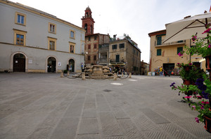 Piazza Mazzini 2