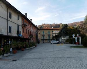Piazza Mario Motta