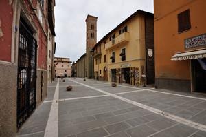 Piazza dei Consoli 3