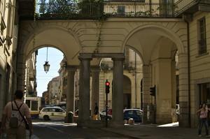 Passerella Colonnata su Via Po