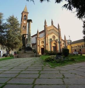 La piazza di Sannazzaro