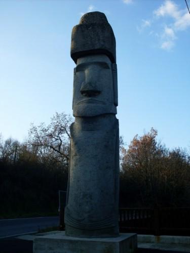 Vitorchiano - Il Moai