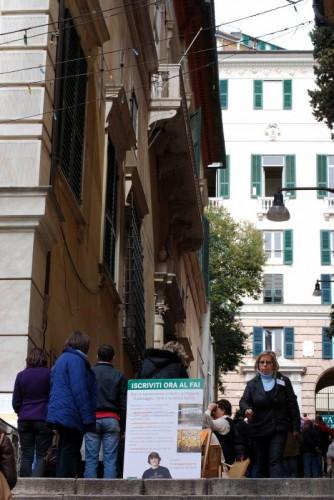 Genova - davanti all'ingresso