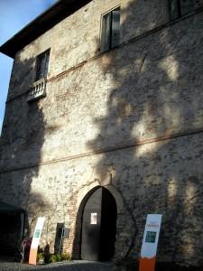Ingresso al Castello della Manta