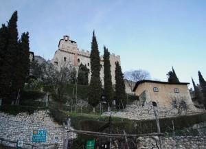 Il Palazzo Baronale e la casa delle Gurdie