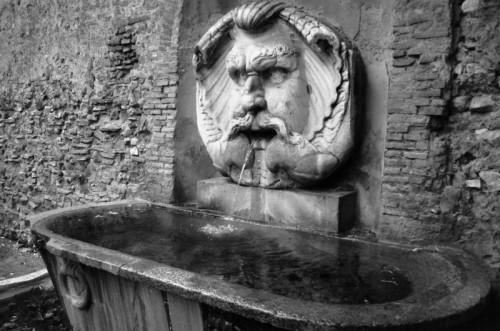 Roma - Fontana all'Aventino