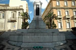 Lungomare di Reggio  - Fontana monumentale