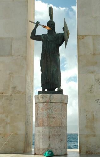 Reggio Calabria - Lungomare di Reggio  - Cippo V. Emanuele III