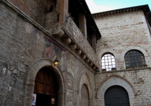 Assisi, San Paolo,confraternita di San Rufino