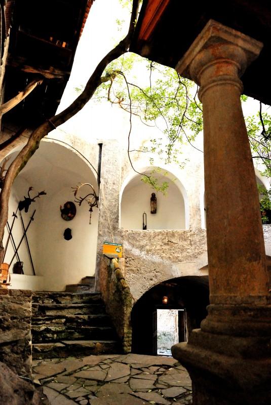''Un cortile del castello'' - Cornedo all'Isarco