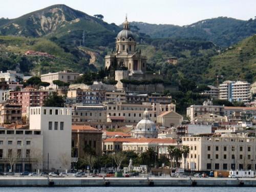 Messina - UNO SGUARDO DAL MARE