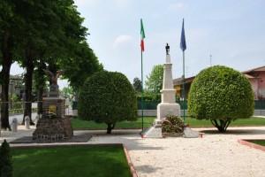 Monumento ai Caduti Guerra 1915-1918 ed agli Alpini