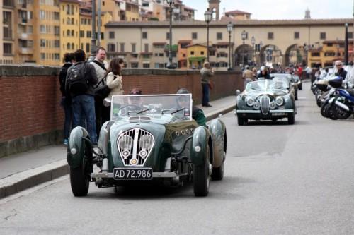 Firenze - Traffico sui lungarni