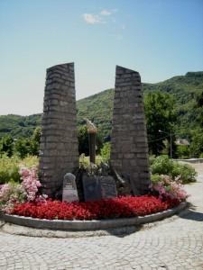 Torre Pellice, monumento ai Partigiani