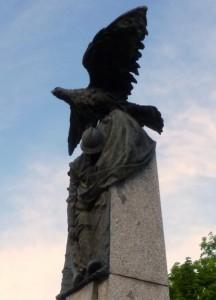 Sotto le ali dell'aquila