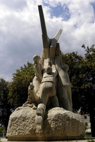 Forte dei Marmi - Ai Caduti di tutte le guerre