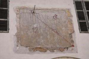 Meridiana nel chiostro di S.Croce