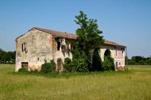 Casale abbandonato a San Giorgio delle Pertiche