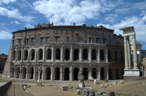 Roma - Un teatro per l'erede di Augusto