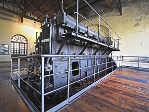 Possente motore dell'impianto idrovoro di Marozzo