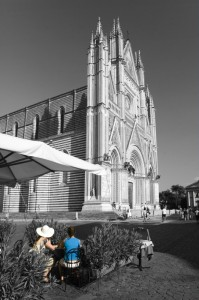 Guardando il Duomo