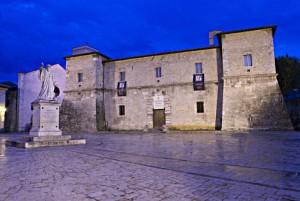 Rocca Castellina notturno
