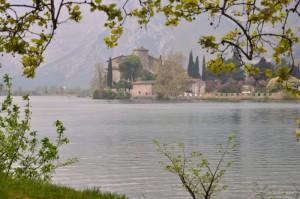 Il castello nel lago delle fate