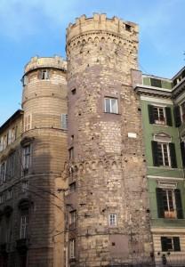 GENOVA - La torre di Porta di Vacca al Sestiere di Prè